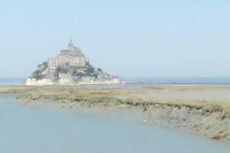 LA PASSIFLORE,dans la Baie du Mont Saint Michel - Apartmen