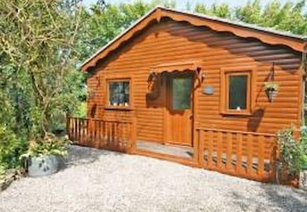 Log Cabin in the Highlands - Castletown - Casa