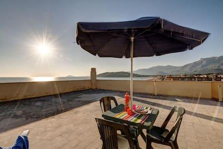 Profumo mediterraneo - Lägenhet