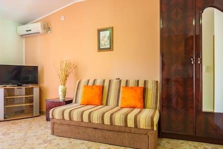 Sea View Comfortable Apartment 3 - Haus