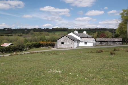 Self-contained Cottage on Dartmoor - Tavistock - House