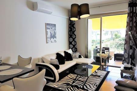 Cannes/ croisette/ 2 Bedrooms 40 m2 - Cannes - Apartment