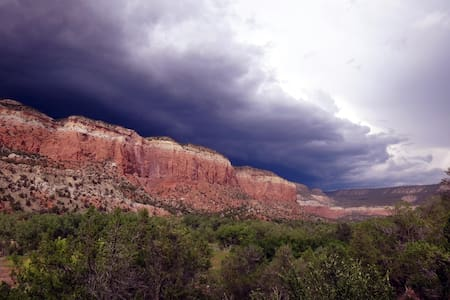 Anasazi Wilderness Glamping Cabin - Abiquiu - Cabin