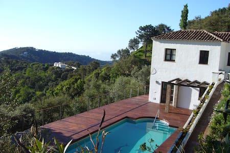 Villa Altamira - Casares - Casa de campo