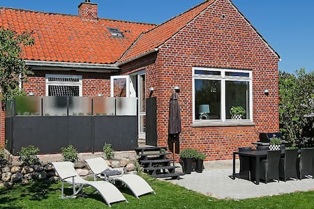 Nice renovated villa close to CPH - Glostrup