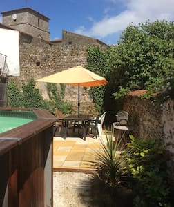 Village house private heated pool - Casa