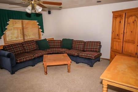 Grande Lodge #1053 - Fawnskin - Haus