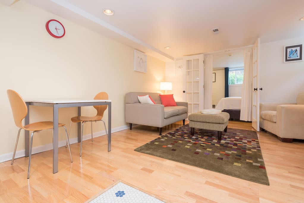 woodland park 2 bedroom suite apartments for rent in seattle