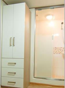corelivingtel-single room-5 SKKU