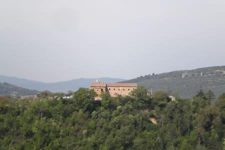 Panoramico attico a  Perugia centro