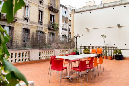 Awesome Gallery apartment terrace !