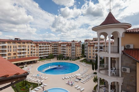 Great 1-BR apartment in Sunny Beach
