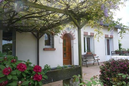 Proche chateaux,trajet Loire a vélo - Haus