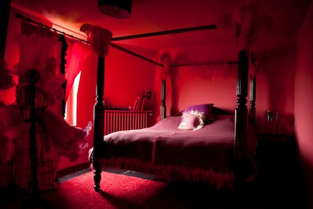 Chambre Moulin Rouge - Apartment