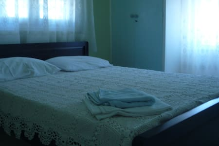 Apartment for 4 persons in Andros - Rose tree - Apartment