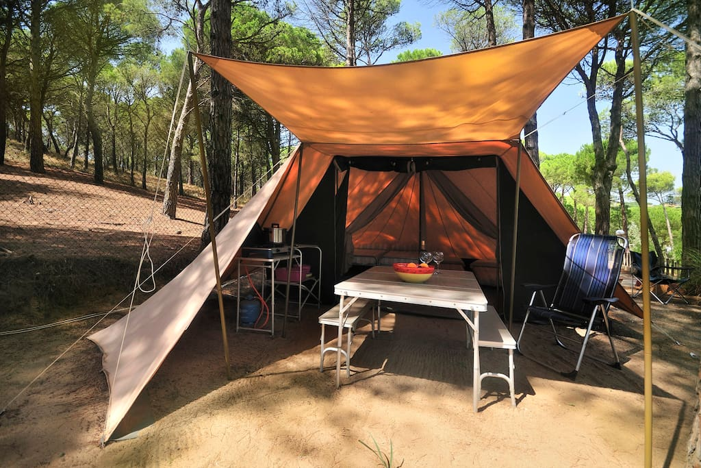 DeWaard tent 5persons 850m to beach