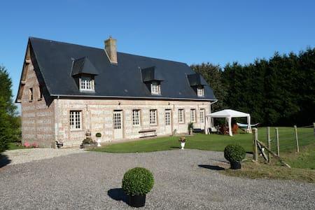 La maison de Thibauld - Cottévrard