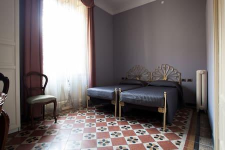 Ekoliving-Casa '800 Milano Camera 1 - Milano - Bed & Breakfast