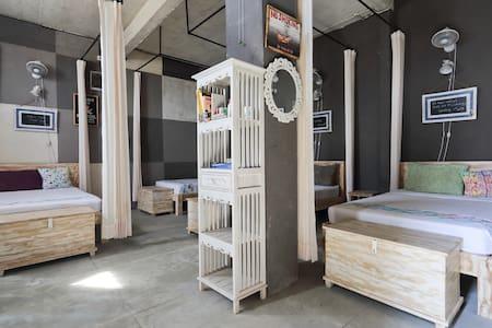 Barn N Bunk (Hostel & Organic cafe)