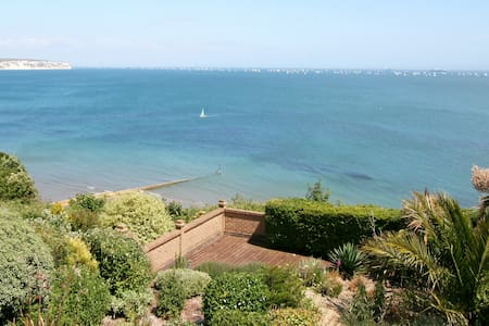 Culver House, unique setting with panoramic views - Shanklin - Maison