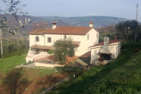 Tuscany beautiful view near Terme - Monsummano Terme - Inap sarapan