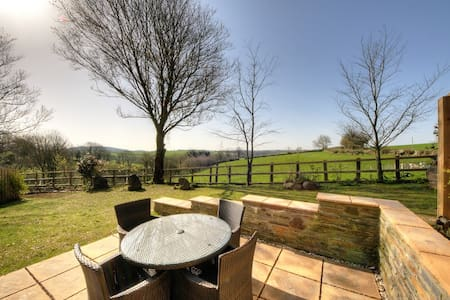 Tregantle Cottage: A Cornish Gem! - Tideford Cross - House
