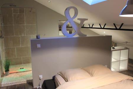 Chambre LOFT & salle de bain - Loft