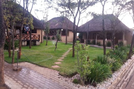 The Greens Lodge, Solwezi, Zambia - Szoba reggelivel
