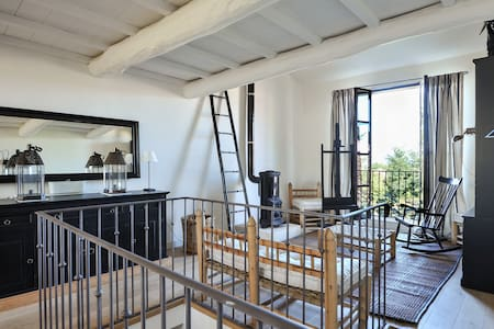 Atelier d'Artiste 87 M2/16 mezza - Apartmen