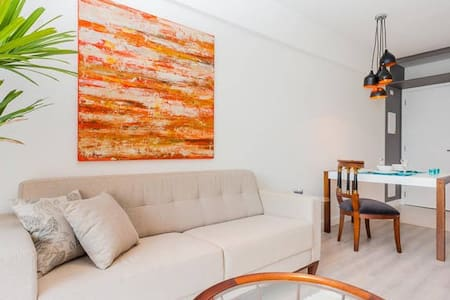 Beautiful new apartment in a trendy area in Sao Paulo .24 hours security, pool, gym center. Modern furniture, all appliances in the kitchen available. Private terrace chill out. World travelled owners, that know international standarts of living.