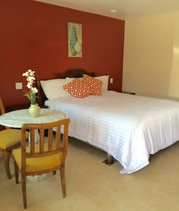 *NEW* Flamingo Motel Suite #112 - Lynwood - Apartemen