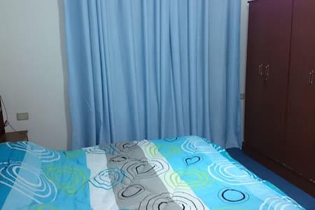 Blue aparment, 3 bedrooms in Amman