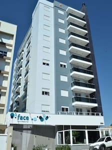 Apto 1 dormitório ótima localização - Caxias do Sul - Apartament