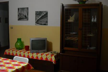 Casa Vacanza Al Nespolo - Viagrande - Apartmen