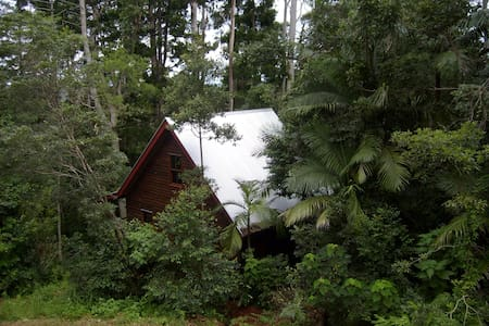 Romantic Cottage close to Brisbane - Cabin