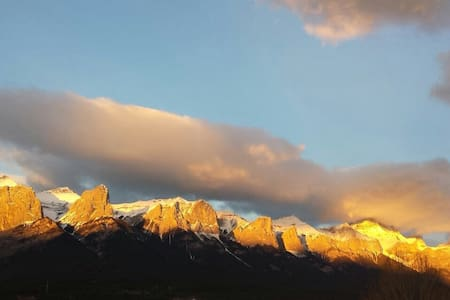 Penthouse Valley Views - Canmore - Condominium