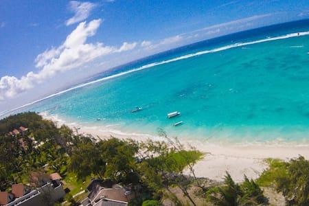 Sun-tan ocean view villa 2 - Quatre Cocos