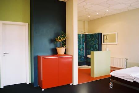 sonnige Loftwohnung in Einzellage - Sehlen OT Mölln Medow - Apartamento