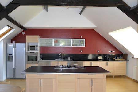 Grande maison idéale pour vacances - Valennes