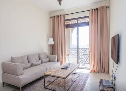 Stunning 1 Bed in Downtown Dubai - Dubai - Wohnung