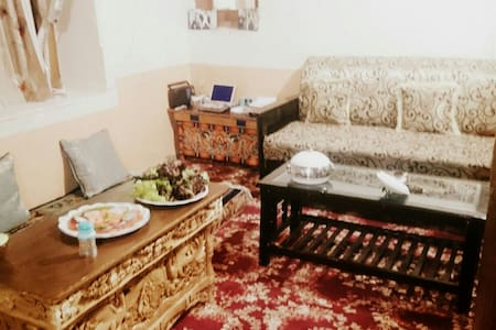 Zaltak Guest House - Leh - Bed & Breakfast