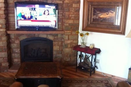 Mountain House 2BR in Vail
