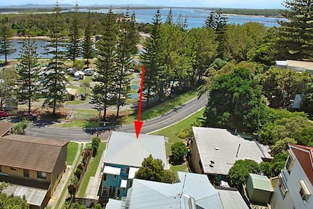 YAMBA CLOSE TO BEACHES -BLUE HOUSE - House