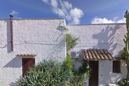 Lovely country house, 10km to beach - Ciavolo, Marsala
