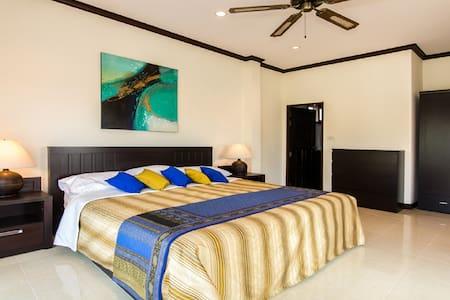 Luxury villa with salt water pool. - Hua Hin - Villa