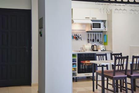 Вид на Атлантику и Ла Гомеру - Apartment