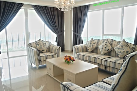 KLIA & KLIA2 (1 Twin+2 Queen) @ Sri Beverly Hills - Apartament