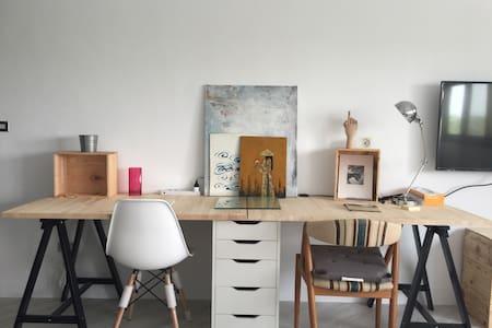 極簡之宜家駭客 Minimalist Ikea hacker 30m2 - 高雄市 - Casa