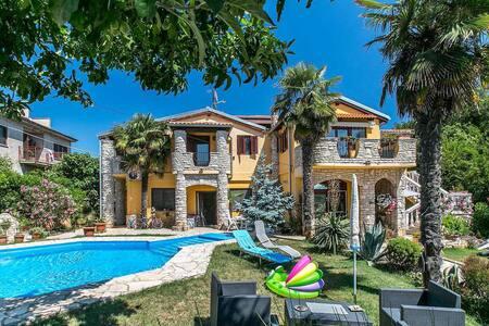 Villa Zara A2 - Ližnjan