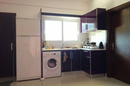 Квартира студия+спальня возле моря - Lapta - Apartment